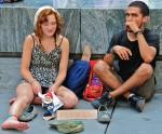 Le difficoltà economiche, i sussidi statali e la coppia